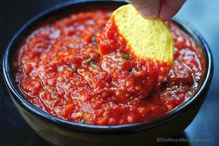 spicy-roasted-tomato-chipotle-salsa-1