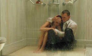 eva_green_daniel_craig_james_bond_vesper_lynd_casino_royale_shower